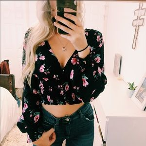 Forever 21 Long Sleeve Puff Crop Floral